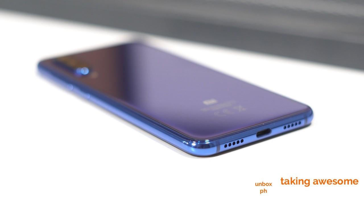 Xiaomi Mi 9 SE Review: Just Right | www unbox ph